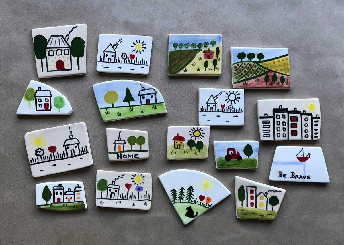 Naïve ceramic brooches, Annie Holcombe, Southern Highlands artist